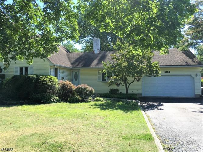 493 Ryders Ln, East Brunswick, NJ 08816