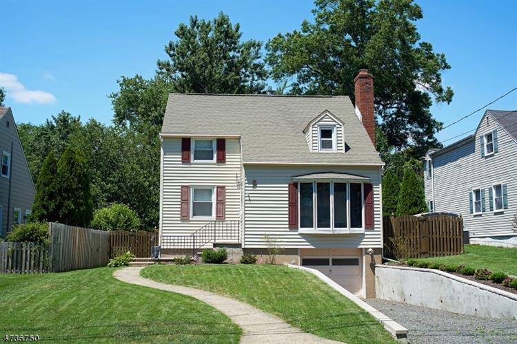 9 Shady Ln, Fanwood, NJ 07023