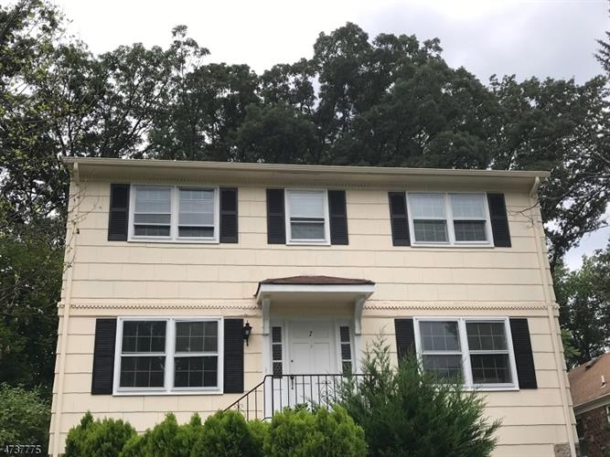 7 Beechwood Ter, West Orange, NJ 07052