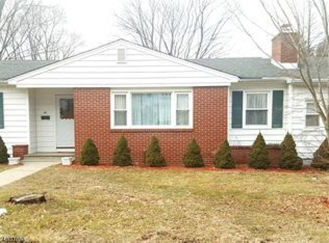 40 Hillside Ter, Newton, NJ 07860