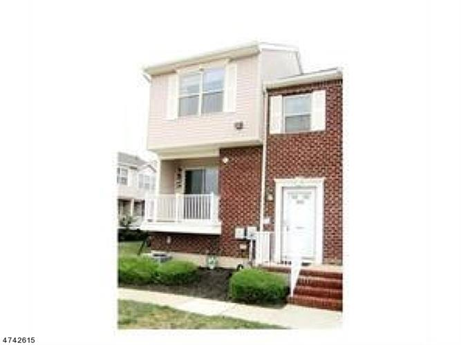 474 Great Beds Ct, Perth Amboy, NJ 08861