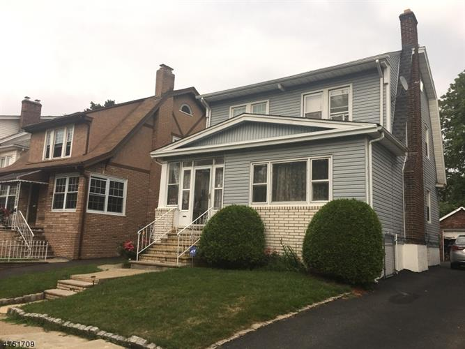 320 N Maple Ave, East Orange, NJ 07017