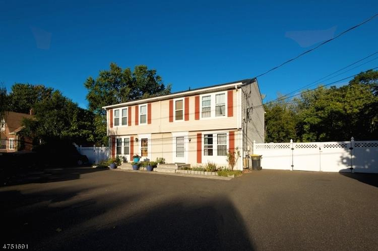 1220 Englishtown Rd, 122, Old Bridge, NJ 08857