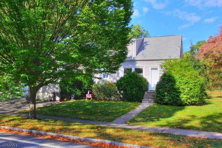 2 Page St, Madison, NJ 07940