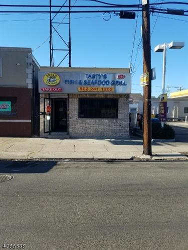 846 N 6th St, Newark, NJ 07107
