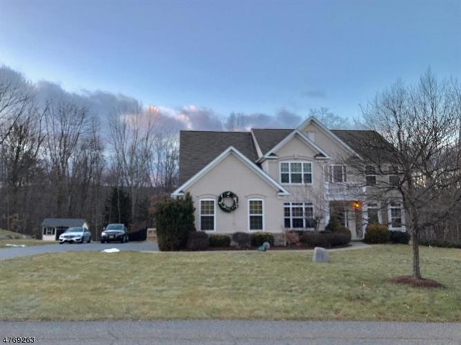 10 Eileen Dr, Wantage Twp, NJ 07461 - Image 1