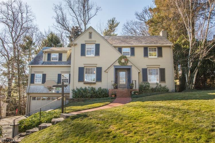 10 Walnut Ct, South Orange, NJ 07079