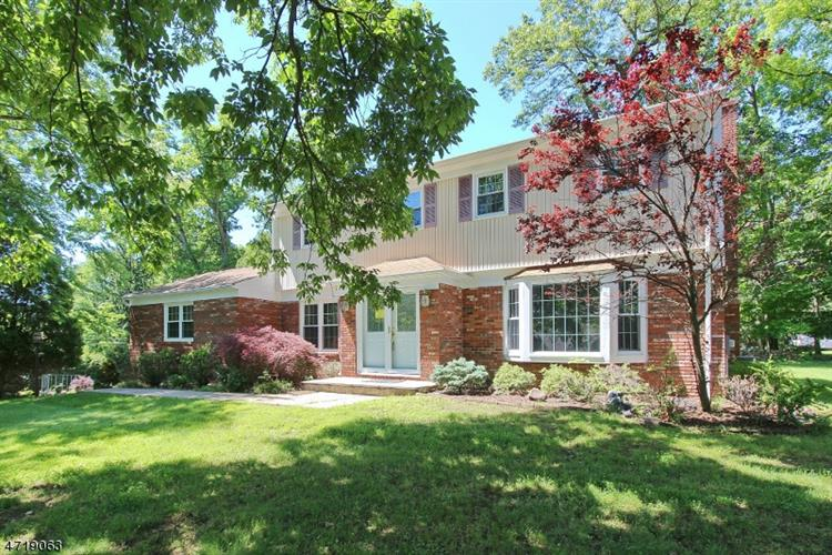 3 BRANKO ROAD, Berkeley Heights, NJ 07922