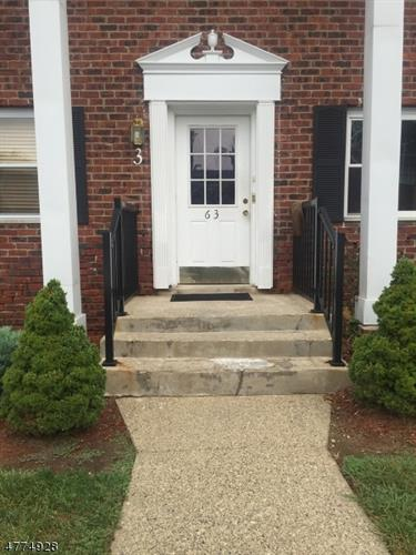 63A FOX HILL DR, Dover, NJ 07801