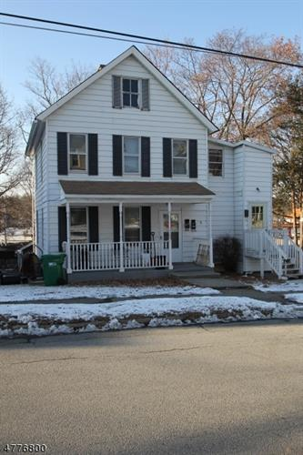 8 Sussex St, Newton, NJ 07860
