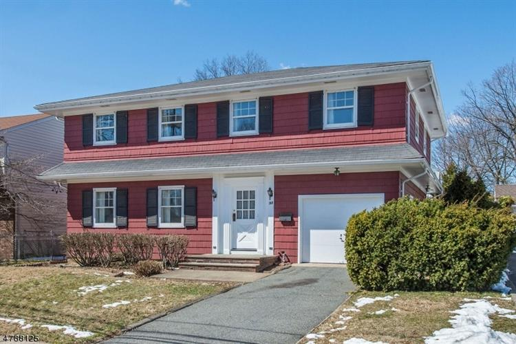 98 Althea St, Clifton, NJ 07013