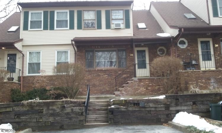 26 Wyker Rd, Franklin, NJ 07416