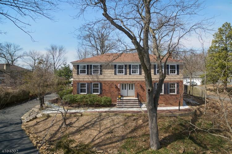 305 Mountain Ave, Berkeley Heights, NJ 07922