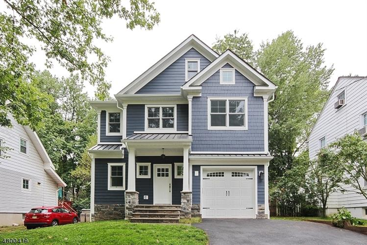 33 Lewis Ave, Summit, NJ 07901