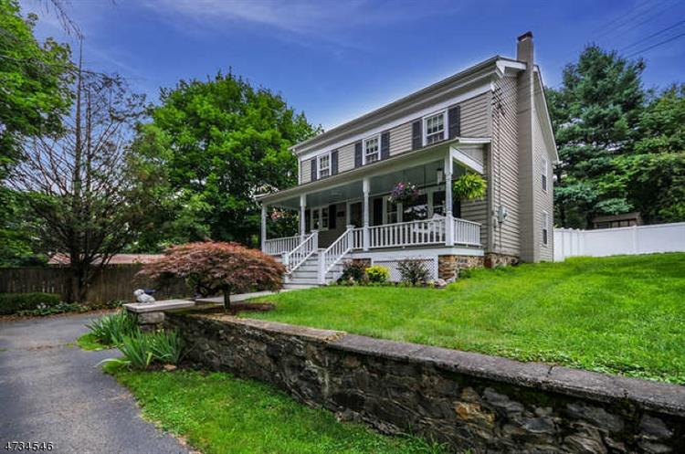 112 Philhower Ave, Califon, NJ 07830