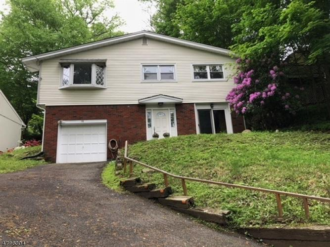 58 Vail Rd, Roxbury Twp, NJ 07850