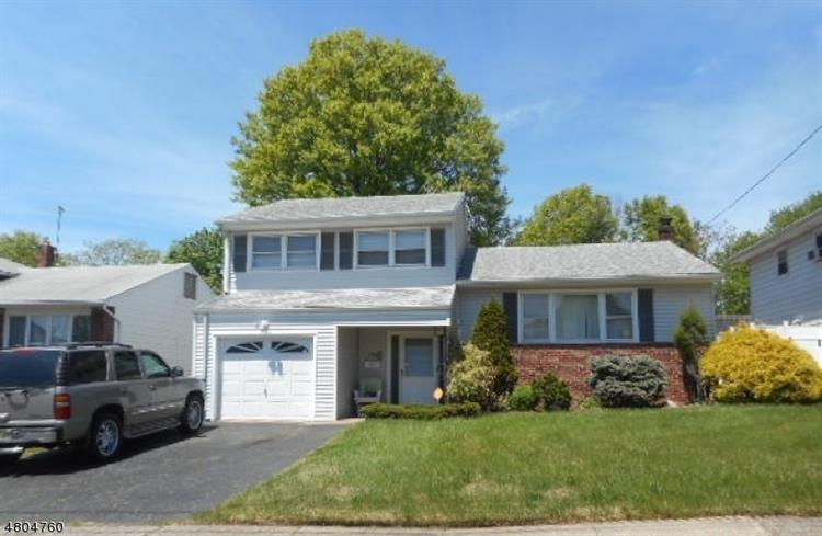 1380 Omara Dr, Union, NJ 07083