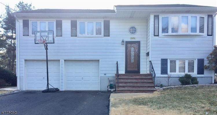 2686 HUS CT, Union, NJ 07083