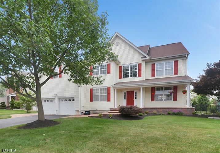 11 WINDING WAY, Franklin Twp, NJ 08540