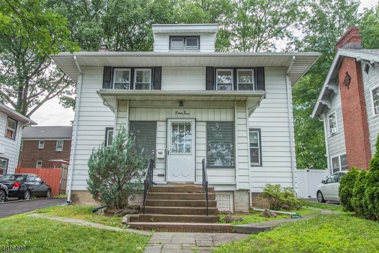 44 WILLARD AVE, Bloomfield, NJ 07003