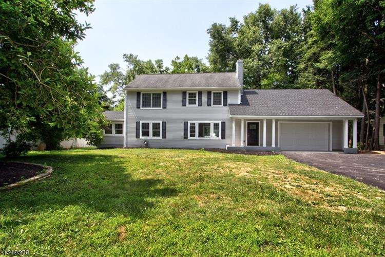 10 TINGLEY RD, Mendham, NJ 07960