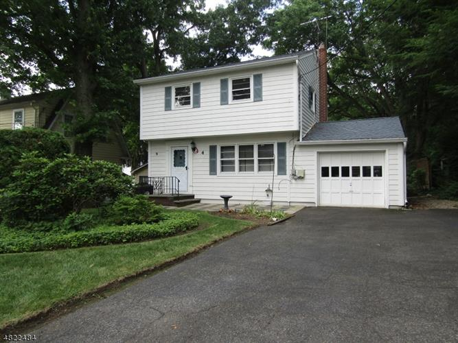 4 ALEXANDER AVE, Montclair, NJ 07043
