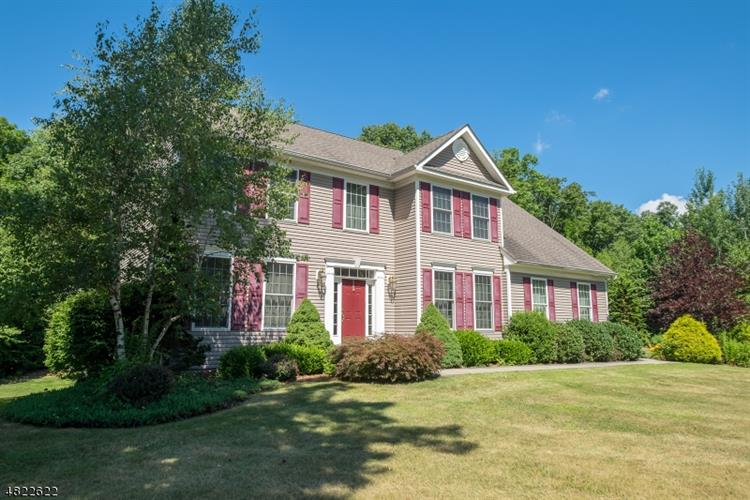 24 EILEEN DR, Wantage Twp, NJ 07461 - Image 1