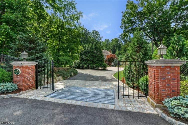 15 Wheatsheaf Farm Road, Morris Township, NJ 07960 - Image 1