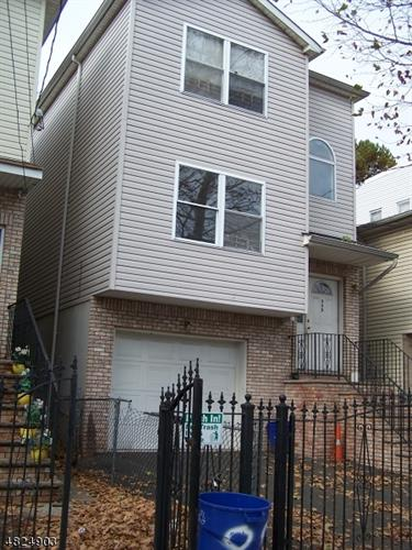 889 HUNTERDON ST, Newark, NJ 07112 - Image 1
