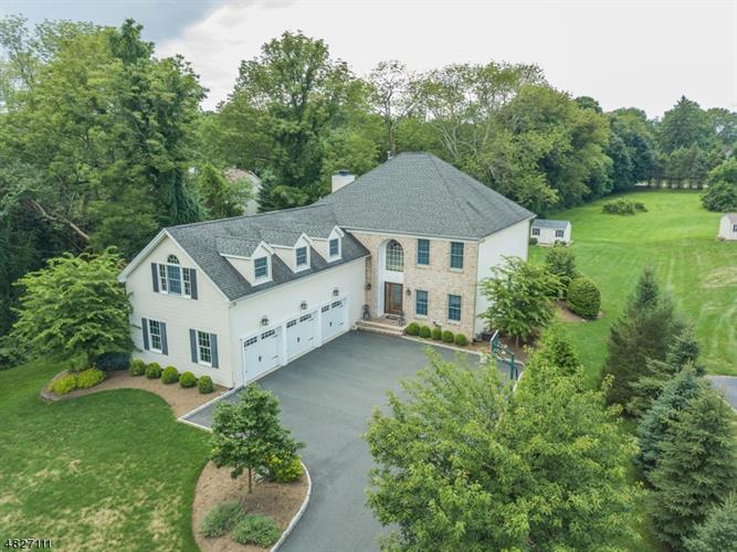 5 FAIRWAY, Randolph, NJ 07869