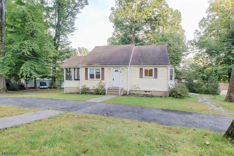 16 Woodcrest Rd, Parsippany-Troy Hills Twp., NJ 07054