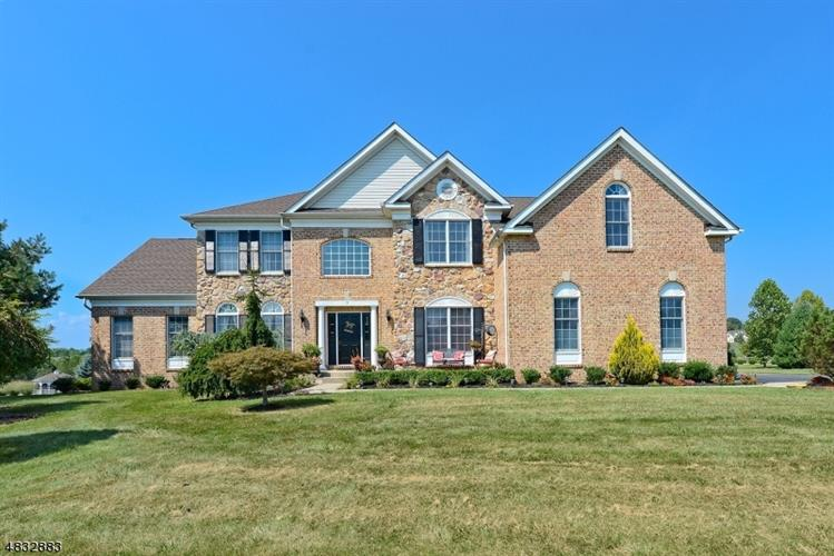 7 RUNKLE PL, Franklin Twp, NJ 08802