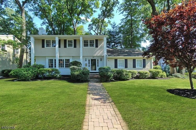 204 TWIN OAKS TER, Westfield, NJ 07090