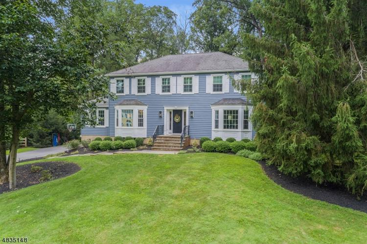35 Berkeley Circle, Bernards Township, NJ 07920
