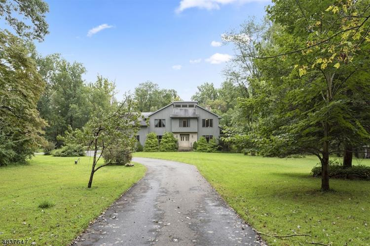 210 VALLEY RD, Mansfield Twp, NJ 07863 - Image 1