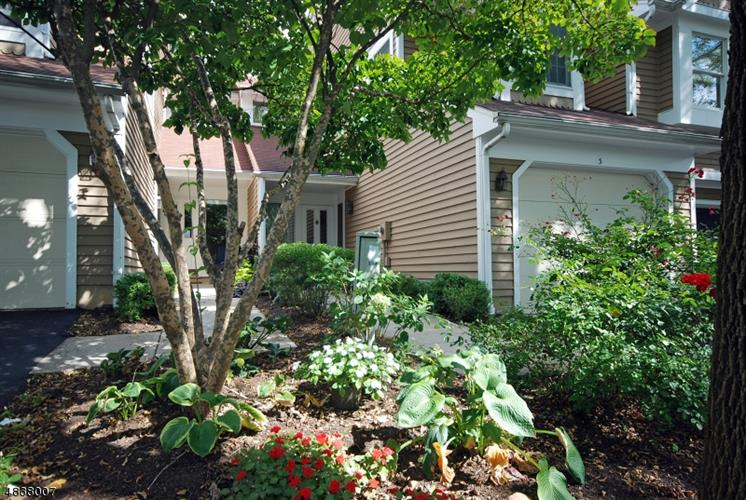 3 VALLEY VIEW CT, Bedminster, NJ 07921