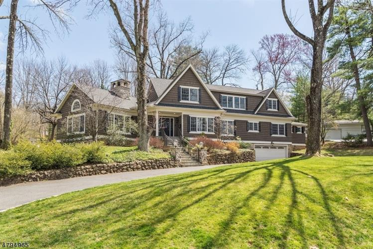 110 WESTVIEW RD, Short Hills, NJ 07078
