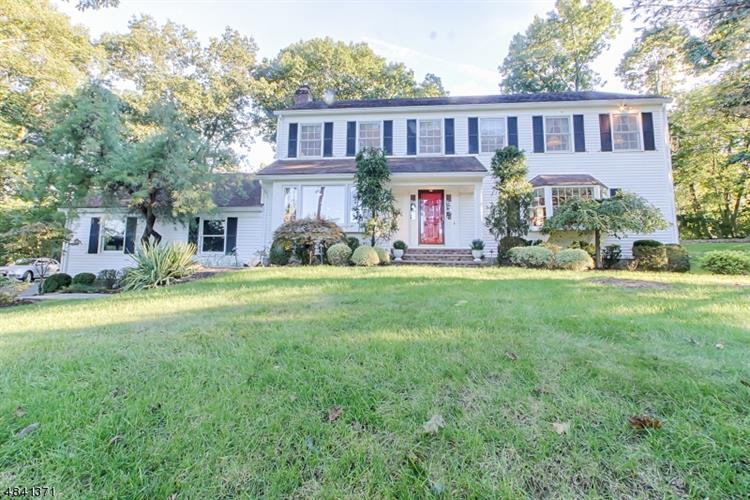 5 KYMBERLY DR, Boonton Township, NJ 07005
