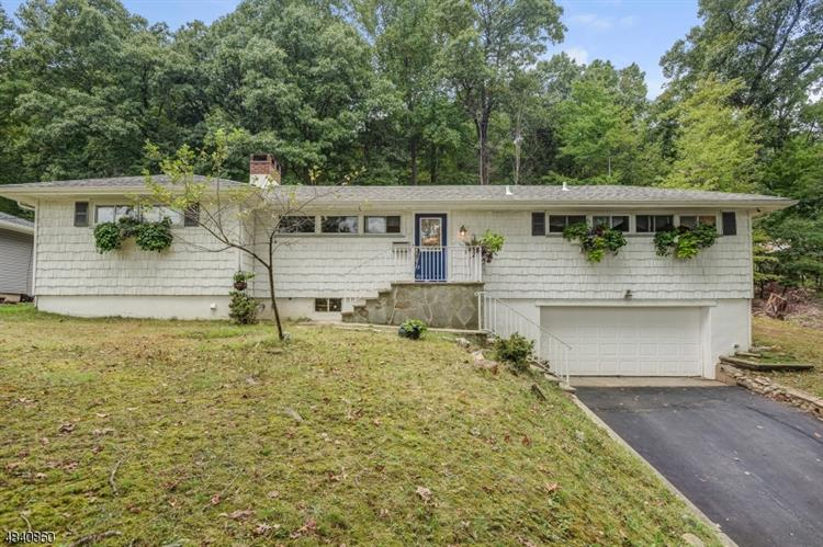 392 FAIRVIEW AVE, Cedar Grove, NJ 07009 - Image 1