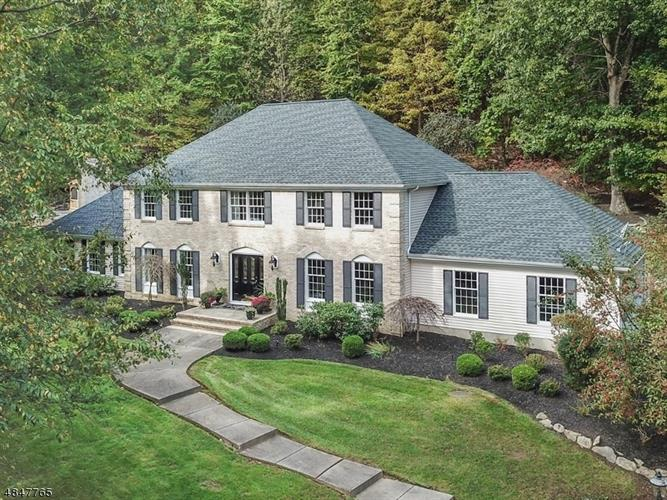 36 SQUIRE HILL RD, Washington Township, NJ 07853 - Image 1