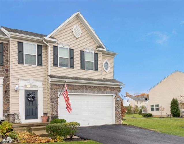 86 WASHINGTON SQUARE CIR, Washington, NJ 07882 - Image 1