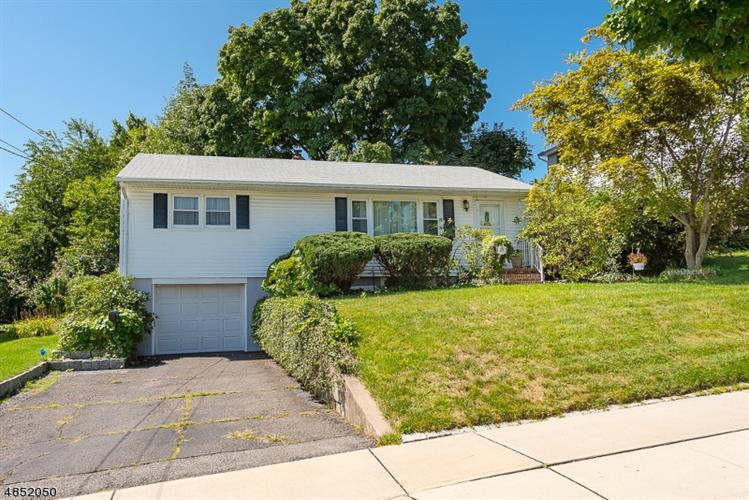 29 E EMERSON ST, Clifton, NJ 07013 - Image 1