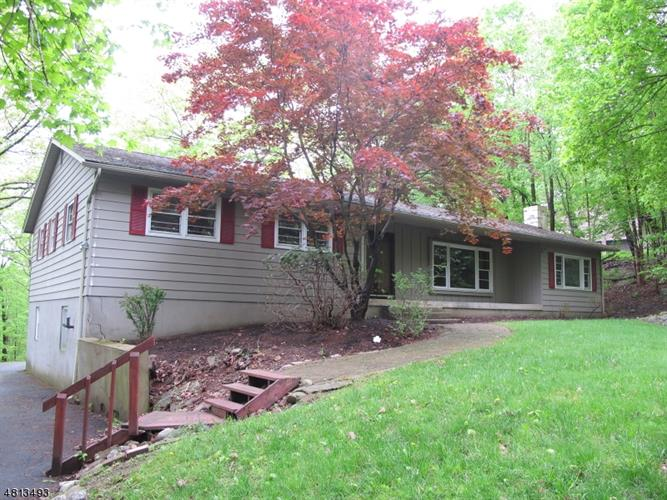 14 CROWS NEST RD, Byram Township, NJ 07821 - Image 1