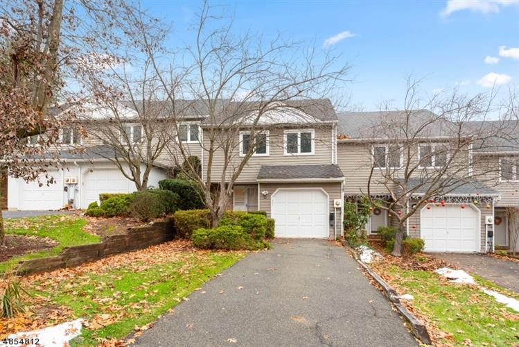 18 STOCKTON CT, Parsippany-Troy Hills Twp., NJ 07950 - Image 1