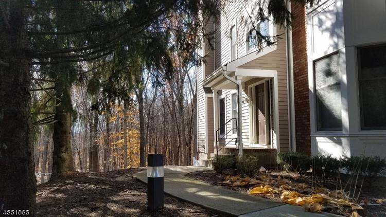 32 HILLSBOROUGH CT, Rockaway Twp., NJ 07866 - Image 1