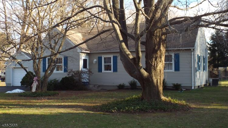 32 NORTH RD, Chester, NJ 07930 - Image 1