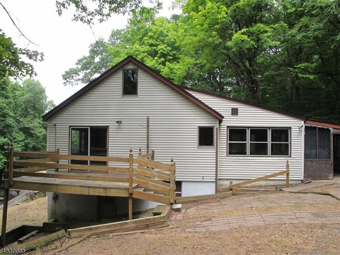 5 SQUIRREL RD, Andover, NJ 07860 - Image 1