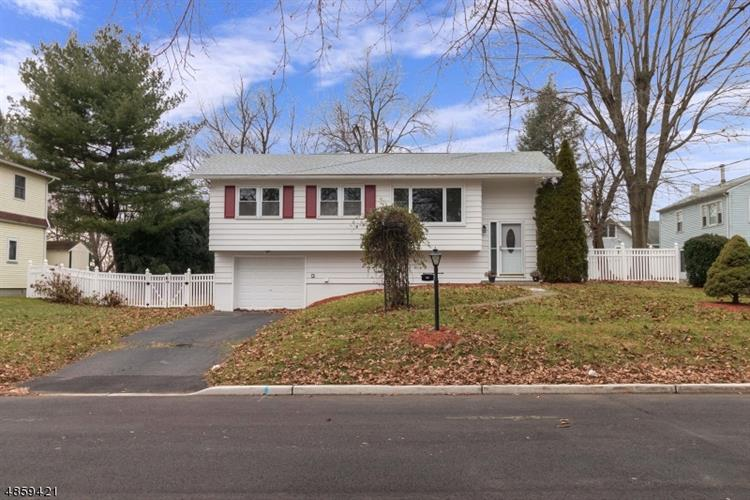 414 S 2ND ST, Lopatcong, NJ 08865 - Image 1