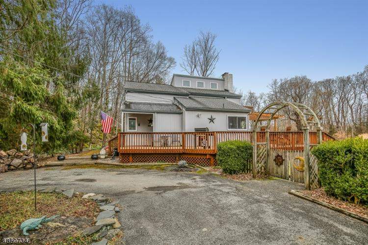 38 MULFORD RD, Andover, NJ 07821 - Image 1