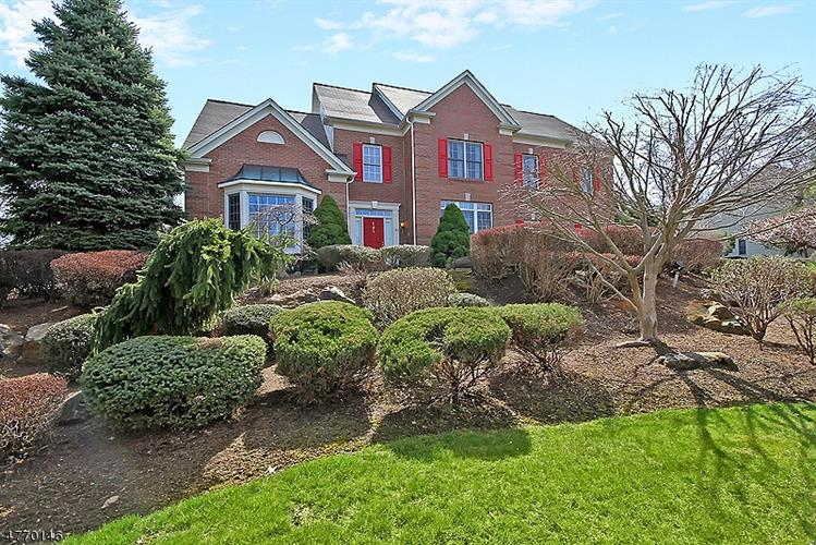 121 TOP OF THE WORLD WAY, Green Brook, NJ 08812 - Image 1